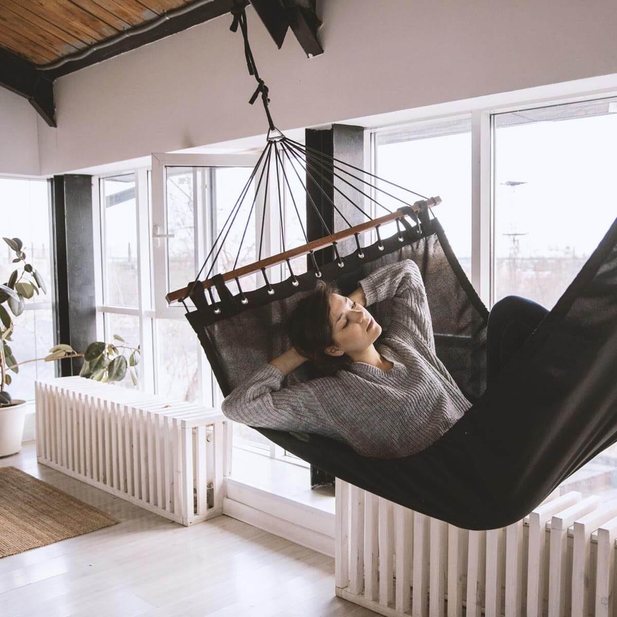 Fűtés, hűtés. Állítsd be tetszőlegesen a hőmérsékletet az épület bármely részében a család napi rutinjához igazítva.